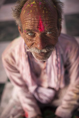 Old Man (Andrea Sommaruga PH) Tags: holi flickr india color festival 2017 photo followme portrait follower indiaclicks theindianrouthe streethpotography fotonico instagram igworldclub worldbestagram smile cute beauty beautiful expressions look tag followers instame instacool instagood portraits portraitsig portraitmood portraitpage portraiture portraitvision retrato porträt porträts
