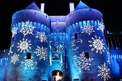 Illumination des portes de la cité. / Illumination of the doors of the city. (alainragache) Tags: breizh bretagne britanny guérande portes doors bleu blue canon600d illumination remparts