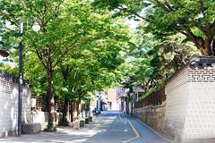 Seoul (stuckinseoul) Tags: photo asian 한국 seoul korean sigma2470mmf28exdghsm southkorea city canoneos6d korea capital photograph 서울 bukchon bukchonhanokvillage asia 대한민국 kr
