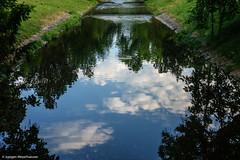 Baden-Baden Impressionen Spiegelungen (J.Weyerhäuser) Tags: badenbaden kurpark spiegelungen himmel wolken sky clouds