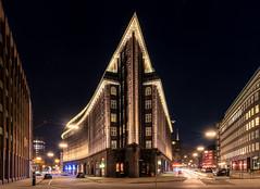 Hamburg - Chilehouse Lights (Stefan Sellmer) Tags: lights night hamburg bluehour germany architecture outdoor chilehaus longexposure deutschland de