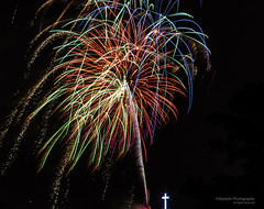 Palm Tree on Steroids (Skyelyte) Tags: fireworks colors 4thofjuly independenceday newengland festive colorful cross holylandwaterburyct