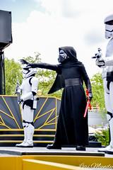 Star Wars: A Galaxy Far, Far Away (disneylori) Tags: starwarsagalaxyfarfaraway starwars disneycharacters characters hollywoodstudios waltdisneyworld disneyworld wdw disney kyloren theforceawakens stormtroopers