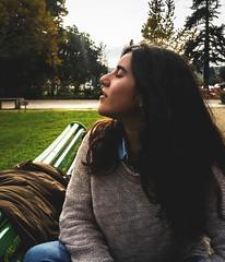 (estebanolivaresmuñiz) Tags: sunshine sun autumn woman girl retrato look nikon color concepcion mujer chile nikond3300 green black orange femenine gente