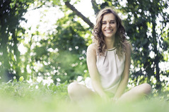 GIULIA (Christian Bettin) Tags: helios 442 sony a55 1160 iso100 girl portrait green tree trees bokeh sun smile