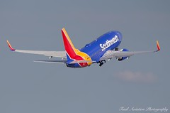 Southwest Boeing 737-7H4 N907WN (Fasil Avgeek (Global Planespotter)) Tags: southwest boeing 7377h4 n907wn air airways airlines airport dca kdca 737 700 jet aircraft airplane airliner jetliner