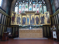 Reredos (Granpic) Tags: staffordshire leek leekchurch allsaintsleek chancel reredos altarpiece fhamiltonjackson artworkersguild artscrafts crucifixion wrlethaby