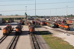 BNSF 6761 (CC 8039) Tags: bnsf up cn trains es44ac b408w c449w sd402 gp50 gp38 ac44cw sd452 galesburg illinois