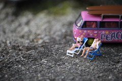Summer of Love (amanda_shirlow) Tags: macro miniature mini micro miniatureworld microworlds microscopic littlepeople lilliput little small summer sunshine hoscale humour preiser photography people puns