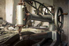 A little rusty (Dennis van Dijk) Tags: urbex urban exploration abandoned forgotten decay derelict eu ue rust dust beauty lost found adler machine sewing masion ferme farm manoir belgium prescious amazing moody dof pov bed room close up detail composition