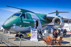 "LBG.2017 # Paris AirShow ""Embraer KC-390 PT-ZNJ"" awp (CHR / AeroWorldpictures Team) Tags: empresa brasileira de aeronáutica sa embraer kc390 military brasil pas2017 paris airshow apron display prototype planespotting lfpo lbg nikon fisheyes d300s lenses awp planes aircrafts airplane war transport"