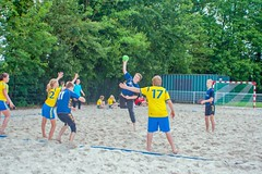 "Beachhandbal Toernooi Winterswijk 2017 • <a style=""font-size:0.8em;"" href=""http://www.flickr.com/photos/131428557@N02/34754056323/"" target=""_blank"">View on Flickr</a>"