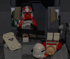 Lego Commander Thorn's final stand (501st DESIGNS) Tags: clone wars star wras season 56 commander thorn trooper minigun arealight