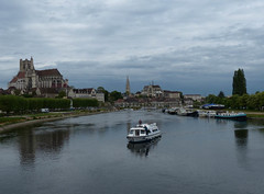 Yonne (Andy WXx2009) Tags: river riverbank landscape city cityscape water yonne auxerre france cathedral artistic europe beauty boat church skyline history culture landmark horizon tourism town