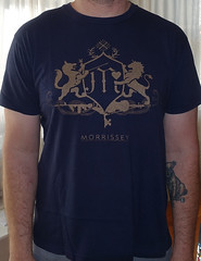 2168A Morrissey - Fall 2007 Tour (Minor Thread) Tags: minorthread tshirtwars tshirt shirt vintage rock concert tour merch navyblue morrissey moz crest fall 2007 thesmiths roughtrade records attack