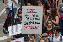 Solidarity without borders instead G20 –Demonstration Hamburg 2017 (Rasande Tyskar) Tags: summit hamburg germany 2017 solidarity united protest demo demonstration hughe fantastic solidarität grenzenlos 08072017 20170708 together vereint protestform manifestation manifest solidarite g20 withoutborders