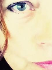 Just me (Navarra Photography) Tags: eyes womanphotographer woman face mobile eyelashes greeneyes closeup