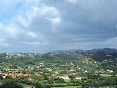 Nubes sobre la verde Asturias (nora4santamaria) Tags: nwn asturias nubes clouds paisajes