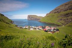 Tjørnuvík (dam.he) Tags: meer faroese seascape färöerinseln färöer insel leicaq bay faroeseislands sundamunicipality streymoy føroyar atlanticocean tjørnuvík bucht