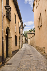 "Segovia street • <a style=""font-size:0.8em;"" href=""http://www.flickr.com/photos/45090765@N05/35185661570/"" target=""_blank"">View on Flickr</a>"