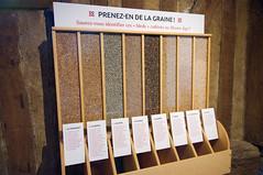 """Atelier pédagogique """"Prenez-en de la graine !"""" (zigazou76) Tags: avoine chateau crèvecoeurenauge froment graine mais méteil orge pois sarrasin seigle"""