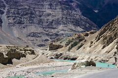 Colors of Himalayas (Dxapmc) Tags: ladakh ladak mountains indus indusriver