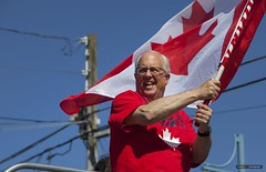 Steveston Canada Day Parade 2017 (Clayton Perry Photoworks) Tags: vancouver bc canada richmond canada150 canadaday steveston party parade costumes richmondcanada150 people flag mayor malcolmbrodie