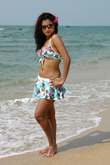 Indian Actress DIMPLE CHOPADE Hot Photos-Set-2 (24)