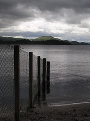Loch Lomond (Alec_MacKinnon) Tags: loch lochlomond fence conichill luss dreich light