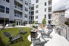 Park Central (Visit North Hills) Tags: northhills midtown midtownraleigh parkdistrict parkst parkstreet parkcentral residential apartments parkcentralapartments parkdeck courtyard katiebailey