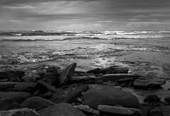 Long Reef  #023 (lynnb's snaps) Tags: 2012 35mm bw400cn c41 longreef xa bw beach film landscape nature rangefinder sydney coast oceanscape waves rocks horizon moody kodakbw400cn olympusxa blackandwhite bianconero bianconegro blackwhite blancoynegro noiretblanc