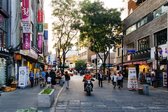 Seoul: Insa-dong (stuckinseoul) Tags: photo asian 한국 seoul asia sigma2470mmf28exdghsm southkorea city canoneos6d republicofkorea capital photograph 서울 insadong 대한민국 korean korea kr