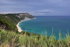 montacuto e il trave (robra shotography []O]) Tags: italy conero seascape montacuto marcheregion marche sea panoramicviewpoint overlook