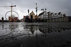 _DSC1661 (OSMIUM76) Tags: gdansk danzica zus zakład ubezpieczeń społecznych pioggia rain pozzanghera pod amber sky ruota panoramica giostra