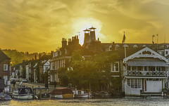 Henley on Thames (y.mihov, Big Thanks for more than a million views) Tags: henley thames travel tourist trespass trees town sonyalpha sightseeing skyes sunset summer buildings street sun europe england englanduk boat river water