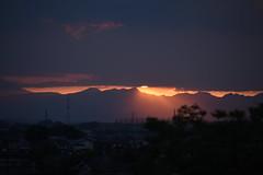Beam from the top (k-o-m-a-n-e-k-o) Tags: nikon d750 sunset park mountain ridge shadow orange cloud sunshine sky fujioka gunma japan 夕暮れ 夕方 稜線 山 太陽光 影 オレンジ 雲 空 藤岡 群馬