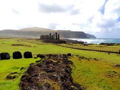pukaos_Tongariki (ruben25x12) Tags: isladepascua easterisland easter polinesia polynesia moai islapajaro orongo ranoraruka marae cultura akivi hangaroa chile anakena