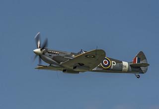 Spitfire TD314 Buzzes Sywell Aerodrome