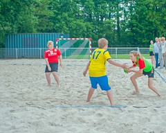 "Beachhandbal Toernooi Winterswijk 2017 • <a style=""font-size:0.8em;"" href=""http://www.flickr.com/photos/131428557@N02/34754056403/"" target=""_blank"">View on Flickr</a>"