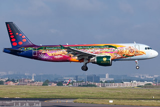 OO-SNF Brussels Airlines Airbus A320-214  painted in -Tomorrowland- special colours (BRU - EBBR)