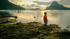 El nido sunset (RexCB) Tags: philippines elnido palawan sky sea water nature landscape fujixt1 fujifilm longexposure sunset boy kid