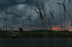 Sunset 7.2.17 (koperajoe) Tags: wheat soma sunset dramaticsky 650b westernmassachusetts stormfront randonneur clouds bike cyclotourisme newengland velo