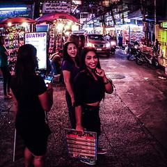 Infamous Soi 5 (Julien Cha.) Tags: bangkok krungthep sukhumvit massage streetphotography neon redlightdistrict