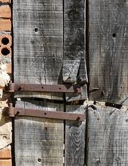 ESPONELLÀ - PORTA (Joan Biarnés) Tags: esponellà pladelestany girona catalunya porta puerta 224 panasonicfz1000