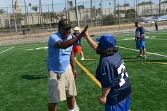 2017-RamsFUNdamentalCamp-JDS_3801 (Special Olympics Southern California) Tags: camp clinic flagfootball losangelesrams puntpasskickcompetition rams specialolympics specialolympicssoutherncalifornia highfive