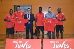 'Junts Barris BBVA CX' arriba al Club Gimnàstic