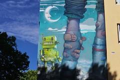 BomK_5976 boulevard Vincent Auriol Paris 13 (meuh1246) Tags: streetart paris paris13 bomk boulevardvincentauriol robot pansement lune damentalvaporz