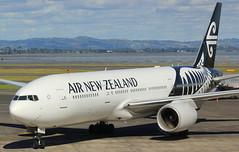 ZK-OKC (GSairpics) Tags: zkokc boeing boeing777 b777 b772 b77l nz anz airnewzealand aircraft aeroplane airplane aviation transport travel jet jetliner airline airliner akl nzaa aucklandairport newzealand northisland