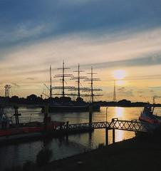 Reflecting beauty (erlingraahede) Tags: farge river beauty sunset light vsco abundance evening summer germany bremen