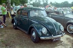 Wanroij 2017 - 35mm film (Ronald_H) Tags: wanroij 2017 35mm film vw volkswagen air cooled classic car nikon fm10 beetle bug pk4466